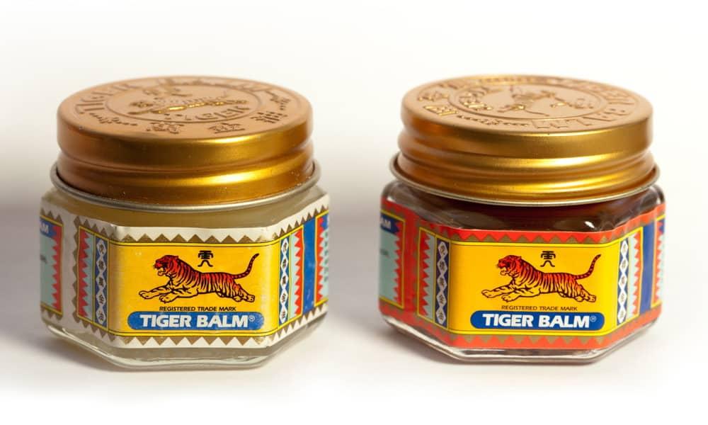 Excellent remède naturel, le baume du tigre a des pouvoirs décongestionnants, anti-inflammatoires, décontracturants, apaisants, répulsifs.